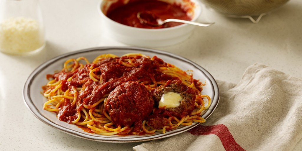 Spaghetti with Stuffed Meatballs
